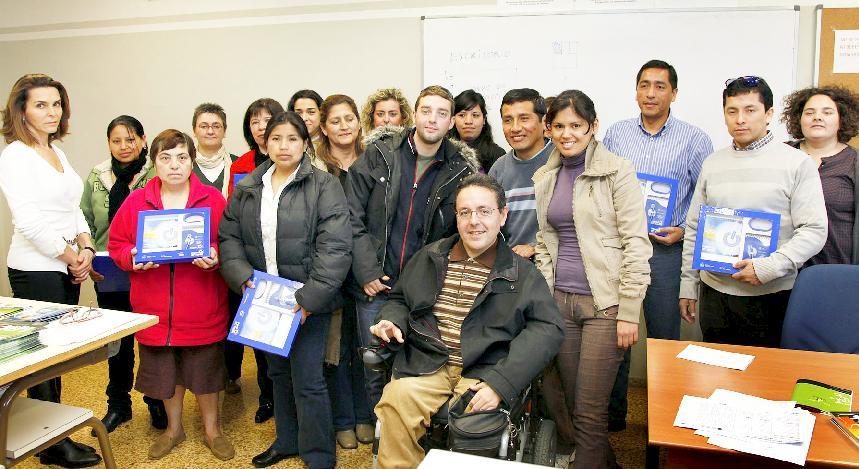 15 personas en desempleo asistieron al curso de ayuda a domicilio para la atención a personas sordas