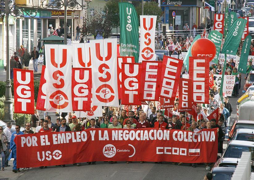 Imagen de una manifestación por el empleo, en Torrelavega