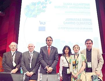 El alcalde participó en las jornadas medioambientales en Vitoria