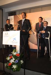Santander recibió el premio Cocemfe