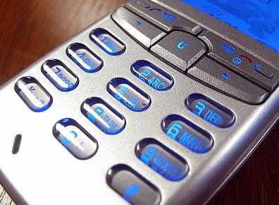 Regulado el uso de teléfonos móviles en los aviones