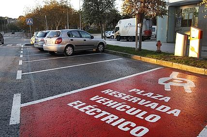 El Ayuntamiento de Santander impulsa el uso del vehículo eléctrico en la ciudad