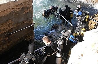Belén subacuático en el puerto de Suances