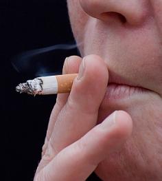 Se estrecha el cerco a los fumadores / Foto: Levo-PhotoXpress.com
