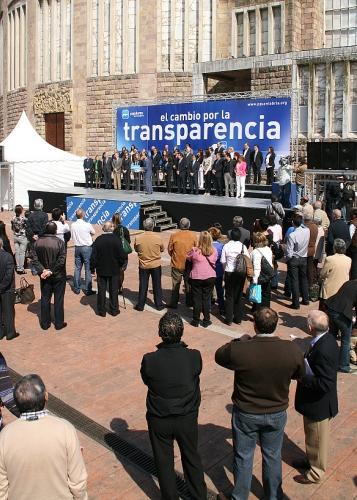 Los candidatos del PP firman un manifiesto por la transparencia en Cantabria