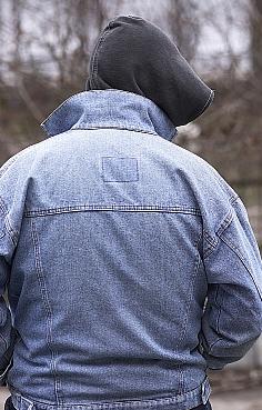 La Encuesta de Población Activa arroja los peores datos de la historia / Foto: Joven sin ocupación-Alexey Klementiev/PhotoXpress.com