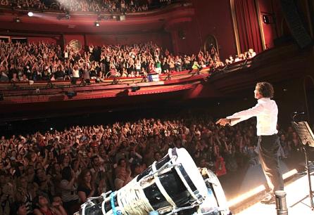 Bisbal, en uno de los conciertos acústicos