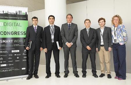 El alcalde interviene en un congreso de nuevas tecnologías en Barcelona