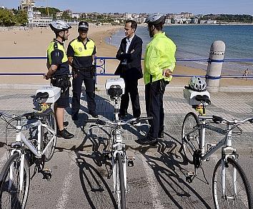 Agentes de Policía Local en bicicleta vigilarán las playas, parques y zonas peatonales