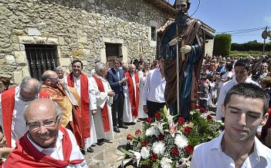 De la Serna asiste a las Fiestas de San Pablo en Cueto