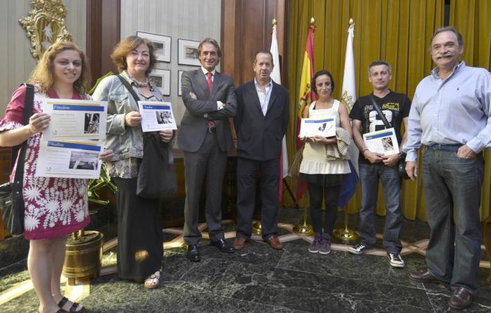 """El Alcalde entrega los premios del Concurso de Fotografía """"La Balconada del Casco Viejo"""""""
