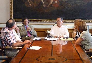 Reunión entre Ayuntamiento y ADAMCA / Foto: Ayto. Santander
