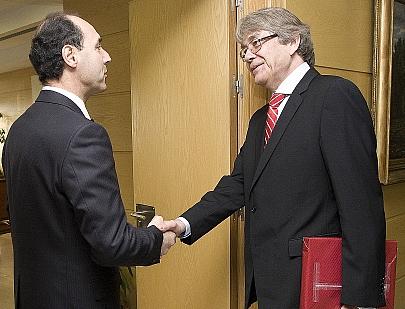 Diego se entrevista con el embajador alemán en España
