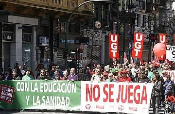 Los sindicatos convocan concentraciones de protesta en todos los centros del Servicio Cántabro de Salud