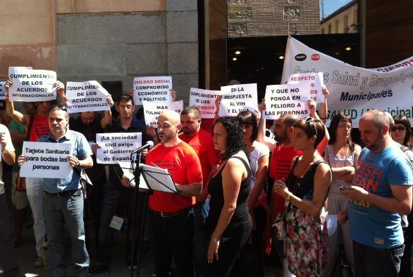 Entidades de toda España protestan contra los recortes en la lucha contra el SIDA