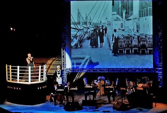 Santander se despide de los Baños de Ola con 'La música del Titanic'