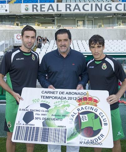 José Campos agradece el buen ritmo de venta de abonos para la nueva temporada del Racing