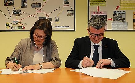 AMICA firma un convenio con la Universidad Católica de Valencia para favorecer la investigación y la atención a la discapacidad
