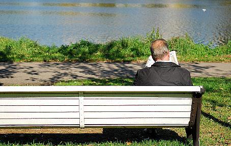 El número de pensiones en Cantabria se situó en 133.632 en noviembre / Foto: Photoxpress