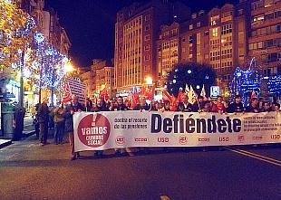 Casi dos mil personas secundan en Santander la manifestación contra los últimos recortes del Gobierno