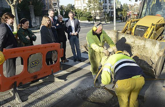 La nueva red suministro de agua de la avenida Maura ya está en funcionamiento