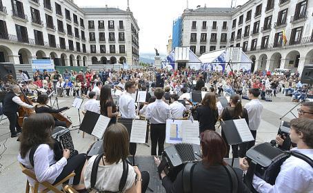 El conservatorio celebra el IX Día de la Guitarra y la Familia