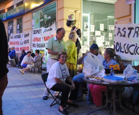 Denuncian que los medios cántabros ningunean su protesta
