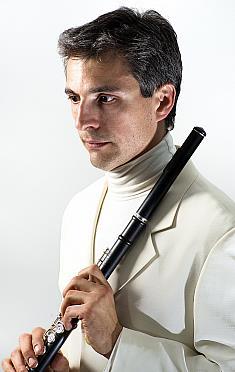 El prestigioso flautista italiano Stefano Parrino