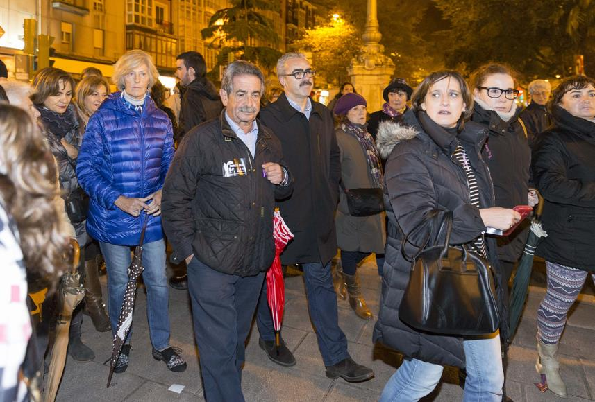 Revilla y Díaz Tezanos expresan su apoyo a las víctimas de violencia de género