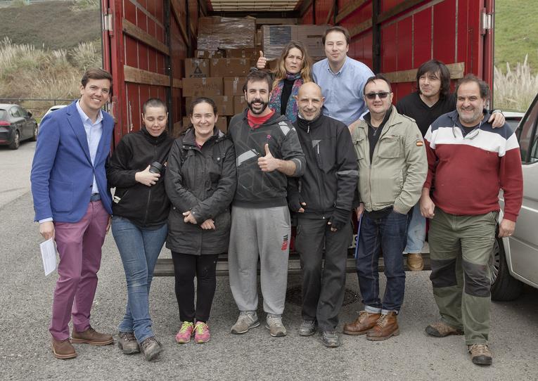 Pasaje Seguro envía desde Cantabria enseres y voluntarios para ayudar a los refugiados