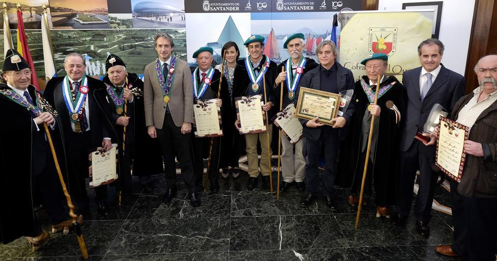 El alcalde ha presidido el XXXII Capítulo Internacional de la Cofradía del Queso de Cantabria