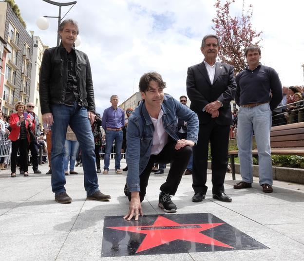 El actor Eduardo Noriega estrena su estrella en Tetuán
