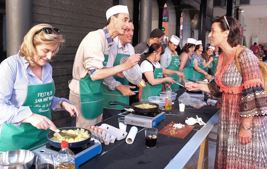 Concurso de tortillas solidario a favor de la cocina - Cocina economica santander ...