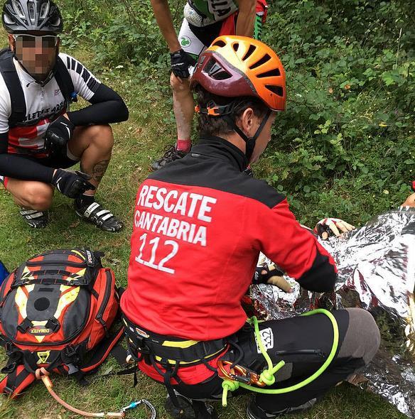Rescatado un ciclista tras un accidente en los montes del valle de Villaverde