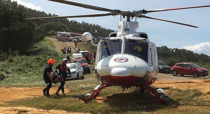 Dos muertos al caer con su coche por un acantilado de Galizano