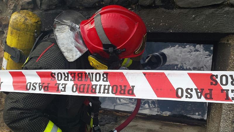Un incendio calcina una vivienda en Selaya