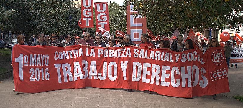 Los sindicatos, preocupados por la temporalidad y precariedad del empleo en Cantabria - Manifestación 1 de Mayo en Santander - Archivo (C) CANTABRIA DIARIO