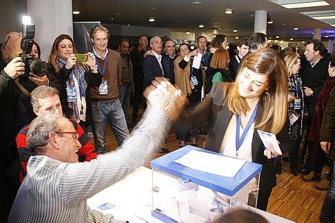 María José Sáenz de Buruaga, vota (C) CANTABRIA DIARIO - DAVID LAGUILLO