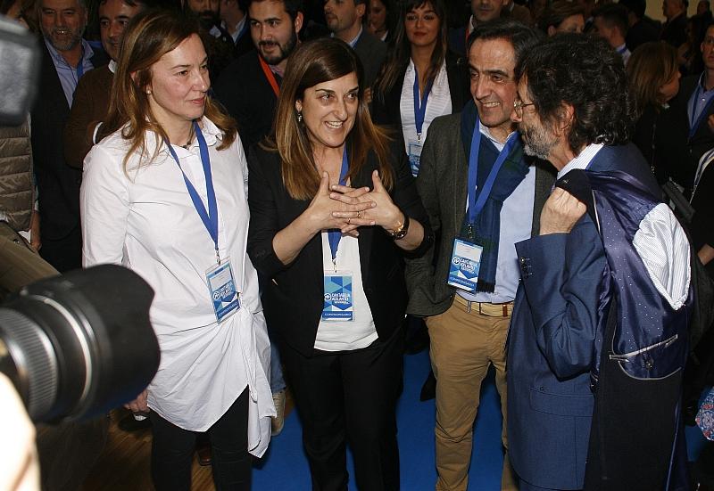 María José Sáenz de Buruaga celebra su victoria el 25 de marzo de 2017