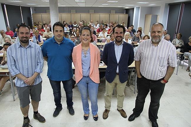 Un taller sobre legumbres celebrado en Laredo cuelga el cartel de 'completo' - De izquierda a derecha: Pérez, Solana, Raquel Gómez, Ezcurdia y José Luis Pérez