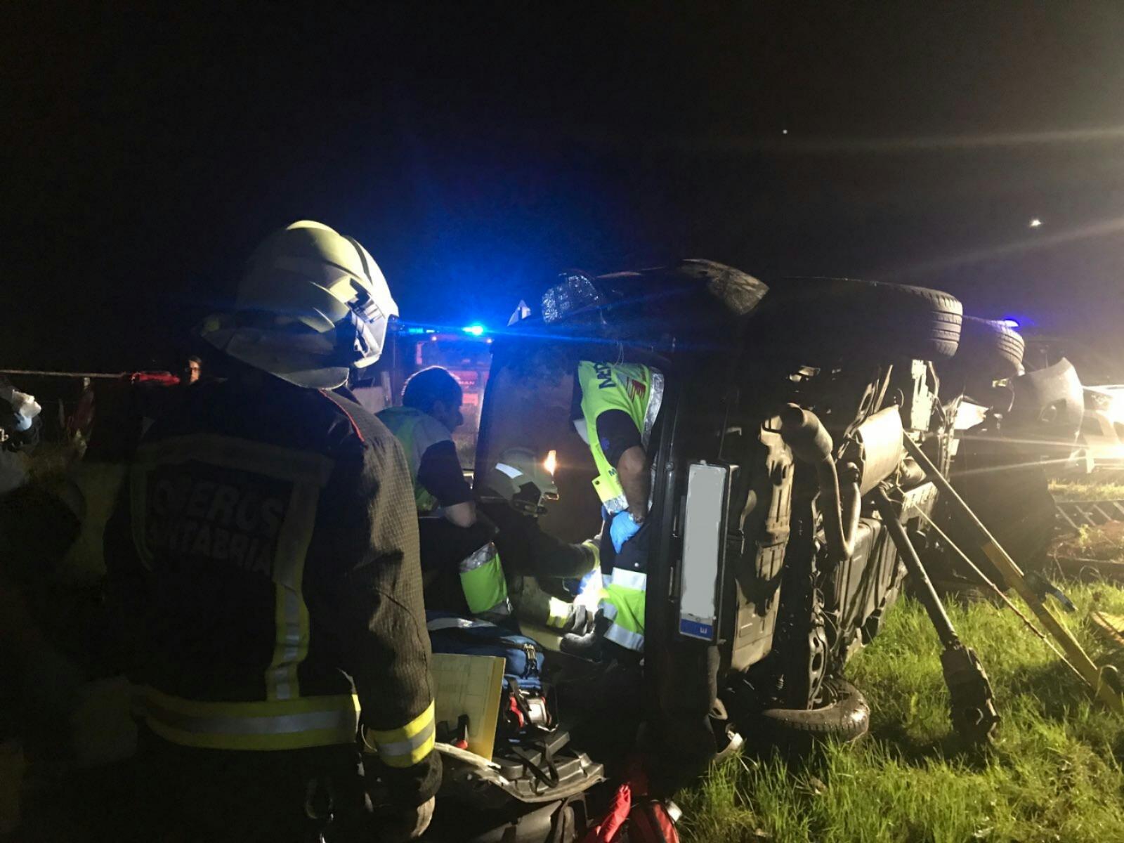 Un joven resulta herido grave en un accidente producido esta madrugada en Ruiseñada