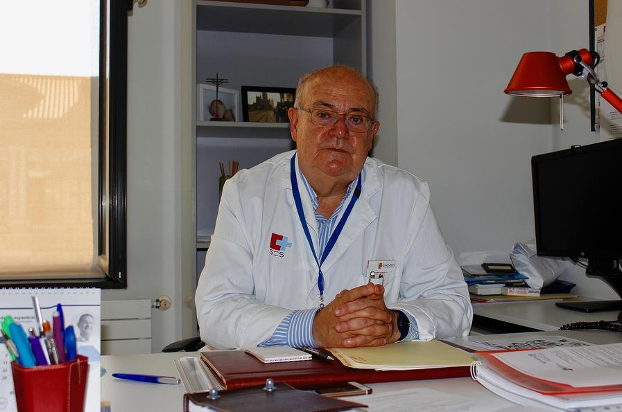 Doctor José María Carceller, jefe de Servicio de la Unidad del Dolor del Hospital Universitario Marqués de Valdecilla