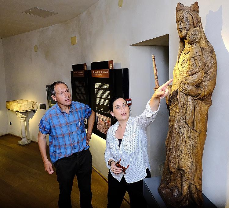 El Ayuntamiento restaura una talla gótica de la Virgen que sobrevivió al incendio de 1941