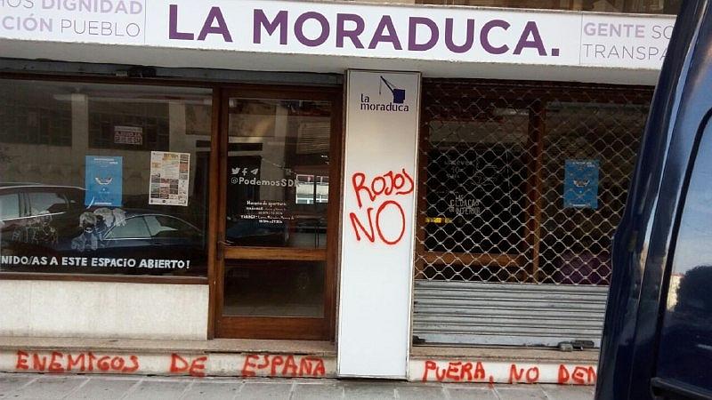 Podemos condena el ataque con pintadas a su sede 'La Moraduca'