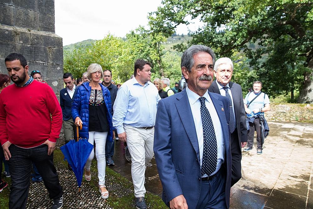 """Revilla pide """"concordia y sensatez"""" durante la conmemoración del día de la Patrona de Cantabria"""