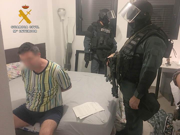 La Guardia Civil desarticula un peligroso clan de atracadores de entidades bancarias de Cantabria y otras provincias
