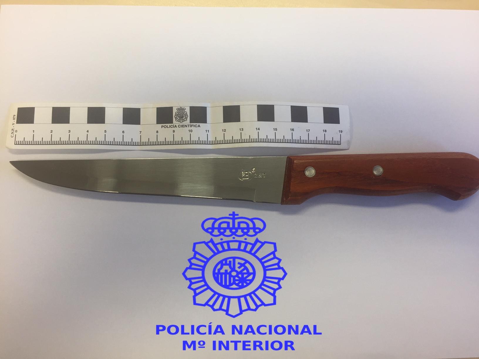 Detenido por robar a repartidores de pizza con un cuchillo