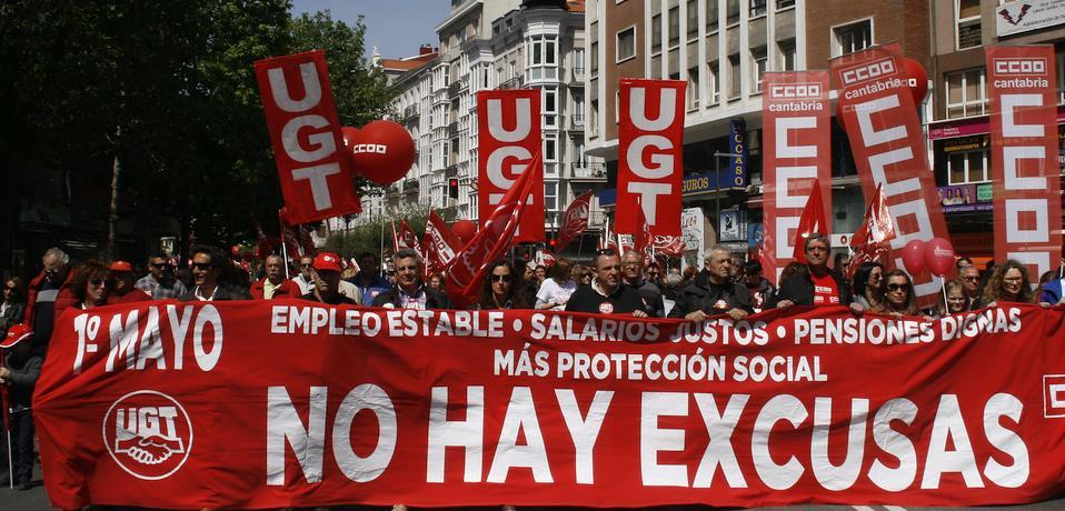 """Foto: 1 de mayo en Santander - El aumento del paro confirma la """"precariedad estructural"""" del """"endeble"""" mercado de trabajo en Cantabria, según los sindicatos"""