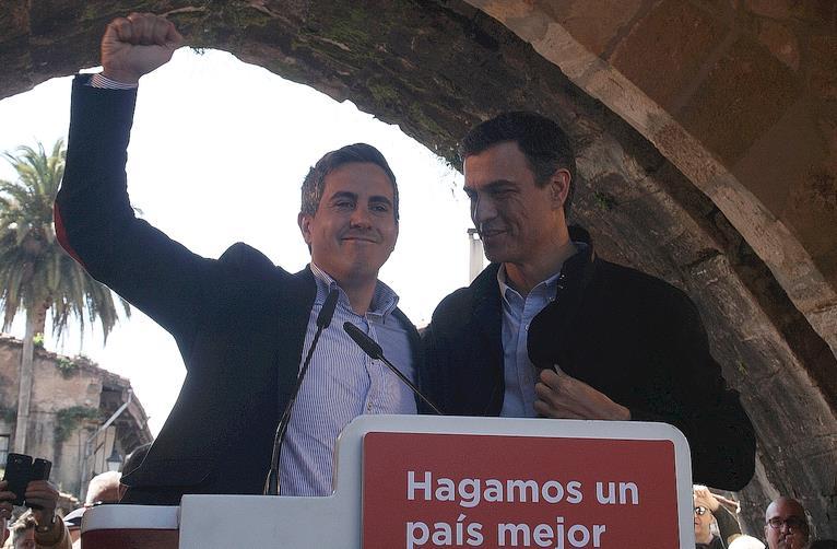 Pedro Sánchez avala a Pablo Zuloaga - Foto: CANTABRIA DIARIO
