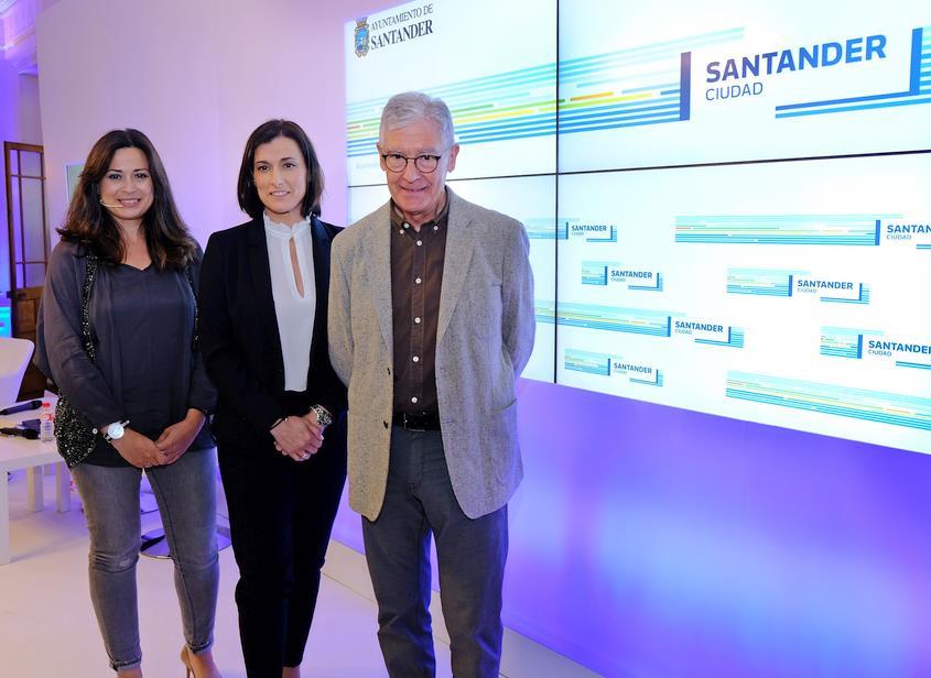 Santander presenta su nueva marca, inspirada en la bahía y en su apuesta por la innovación